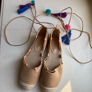 SCHUTZ BRIE wrap up sandal